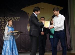 Фото_В ДГУ выбрали студента года